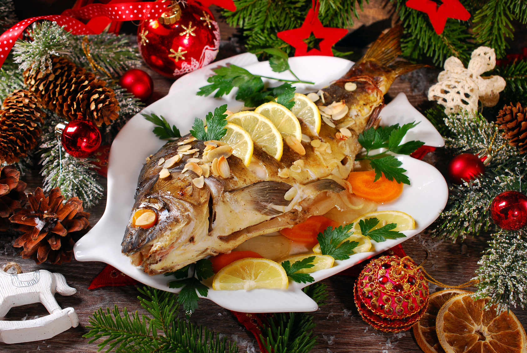 Vigilia di Natale, sulle tavole il pesce surclassa il ...