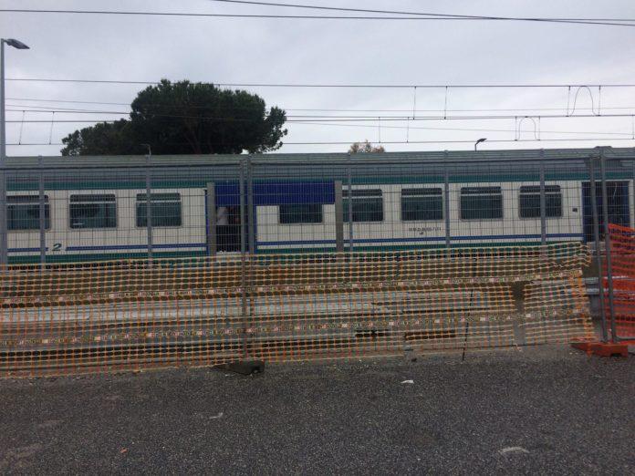 treno acceso